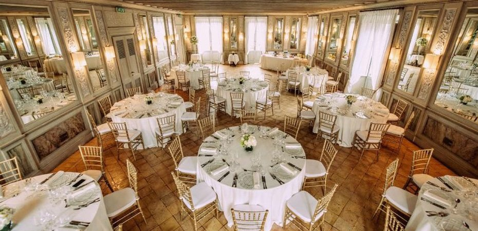 Tavoli E Sedie Per Catering.Sedie E Tavoli Per Bar Ristoranti Alberghi Catering Banchetti